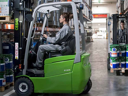 Forklift Trucks Norfolk CESAB B400